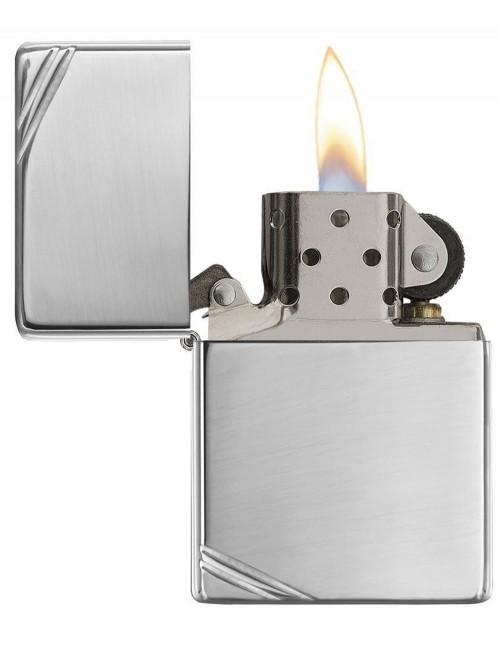 Original Zippo Lighter Vintage High Polish Chrome with Slashes 260