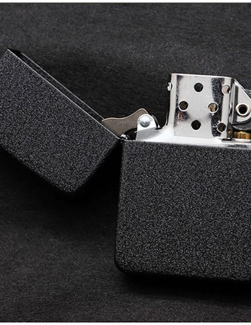 Original Zippo Upaljač Replica 1941 Black Crackle 28582